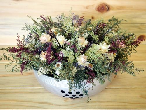 Country Holiday Dried Flower Table Arrangement~Christmas ...